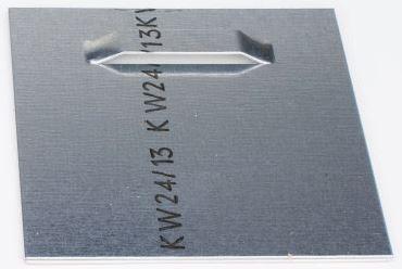 Dibondhaenger einzeln 70mm x 70mm mit Klebefolie