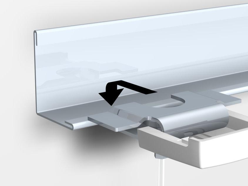 ceilinghanger-2-sliding-the-clamp-on-the-aluminium-profile.jpg