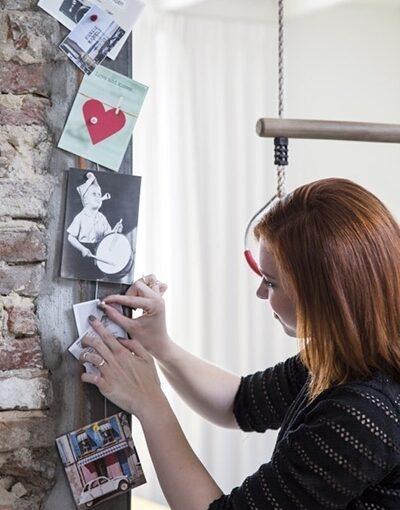 Grußkarten aufhängen mit Magneten